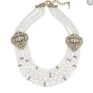 Heirloom pearl deco statement necklace